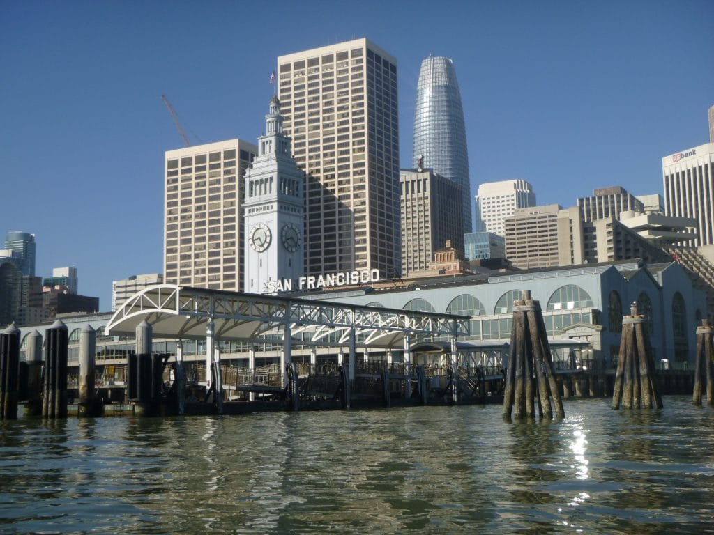Identifying Waterfront Design Solutions for Urban Resilience