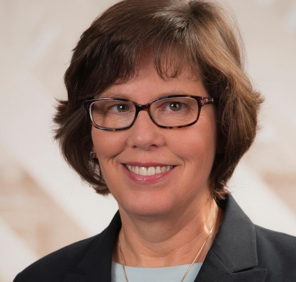 Carolyn Searls