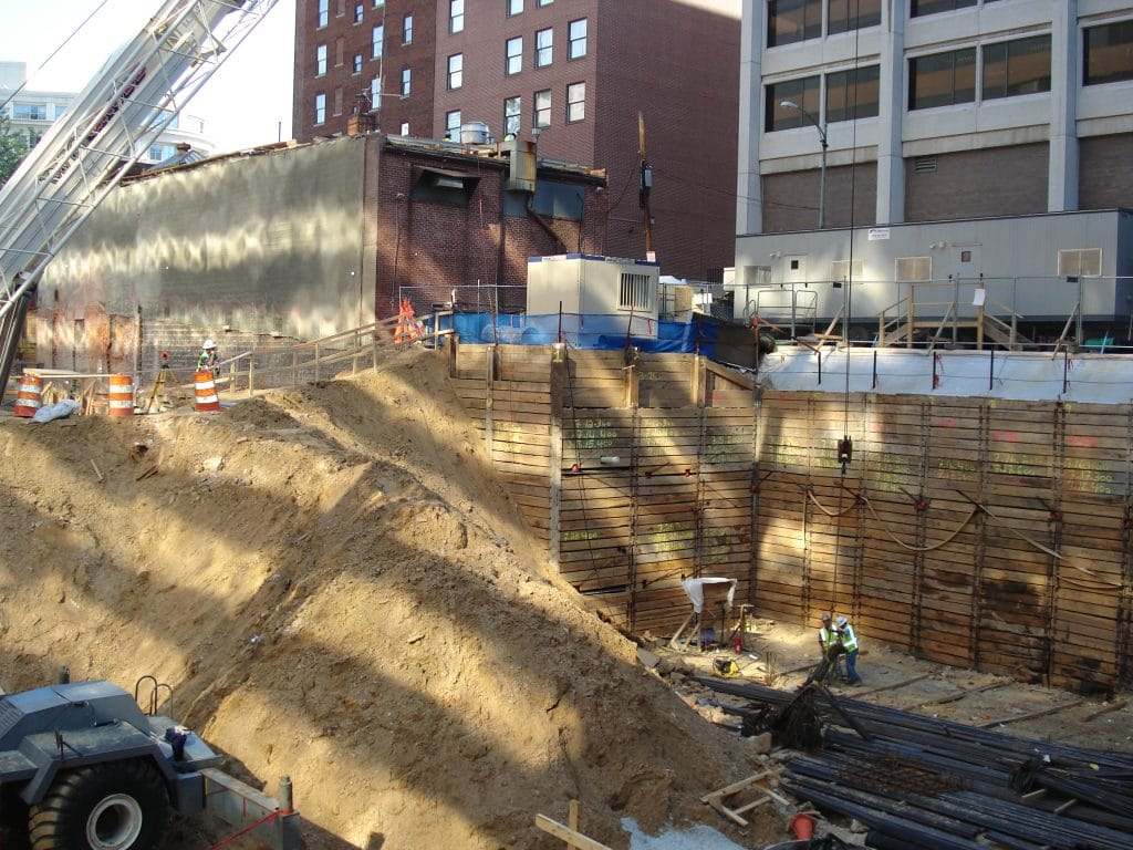 Adjacent Construction Projects – Methodology for Allowable Support of Excavation Movement